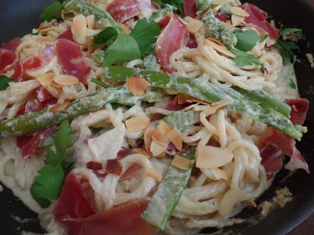Spaghetti mit Mandel-Ricotta-Sauce - Rezept