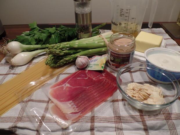 Spaghetti mit Mandel-Ricotta-Sauce - Rezept - Bild Nr. 2