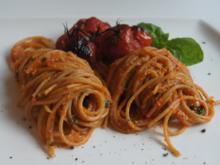 Pasta mit Cashewsauce und Backofentomaten - Rezept