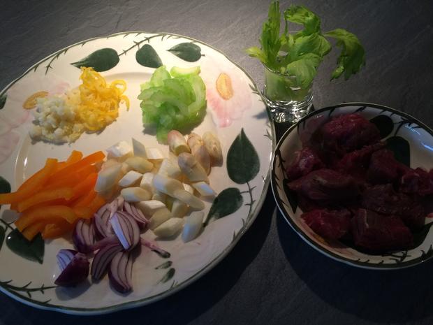 Rinderfilet mit Spargel und frischem Gemüse auf asiatische Art - Rezept - Bild Nr. 27