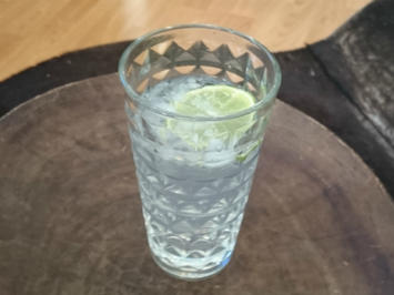Gin Tonic der sieben Kräuter - Rezept
