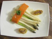 Lauwarmer Stremel-Lachs aus dem Räucherofen mit zweierlei Spargel und Ofenkartoffeln - Rezept
