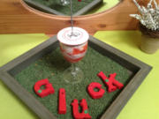 Mohnquark mit pürierten Erdbeeren - Rezept