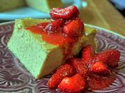 Lakritz-Ricotta-Kuchen mit Limoncello-Erdbeeren - Rezept
