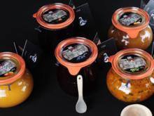 schwarze Stachelbeere Konfitüre mit Zimt für Weihnachten - Rezept
