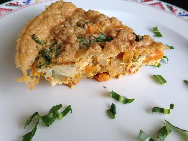 Gemüse-Fritatta mit Kräuter-Schafsfeta - Rezept - Bild Nr. 5