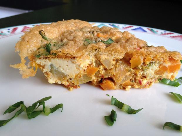 Gemüse-Fritatta mit Kräuter-Schafsfeta - Rezept - Bild Nr. 6