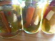 Eingemachte Saure Gurken mit Paprika und Chili - Rezept - Bild Nr. 48