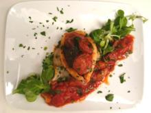 Mit Chorizo gefüllter Tintenfisch auf Tomatensoße - Rezept