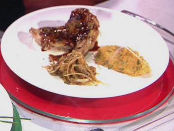Rezept: Perlhuhn vom Spieß/Kraut/Süßkartoffel (Blick über Hensslers Schulter)