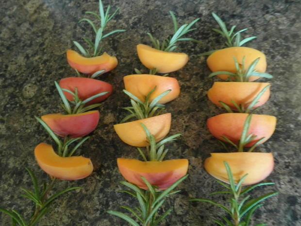 Limetten - Eis mit Olivenöl, Rosmarin - Aprikosen ... und Honig - Gelee - Herzen ... - Rezept - Bild Nr. 144