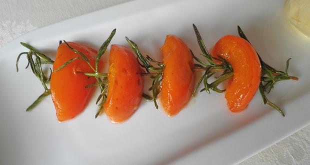 Limetten - Eis mit Olivenöl, Rosmarin - Aprikosen ... und Honig - Gelee - Herzen ... - Rezept - Bild Nr. 148