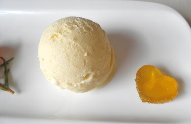 Limetten - Eis mit Olivenöl, Rosmarin - Aprikosen ... und Honig - Gelee - Herzen ... - Rezept - Bild Nr. 152