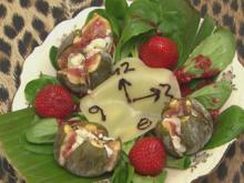 Unendliche Zeit gepaart mit Früchten und Käse auf Salat (Belle la Donna) - Rezept