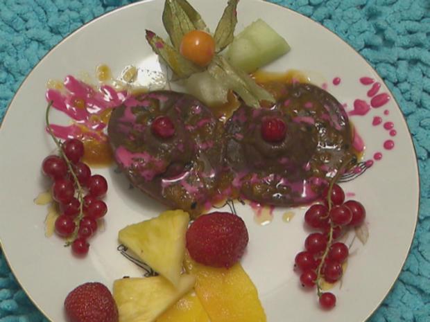 Verspielter Traum aus Schokolade und süßen Früchten (Belle la Donna) - Rezept