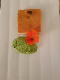 """Eis von der """"Grie Soß"""" mit Käsekuchen auf Salzkeksboden - Rezept"""