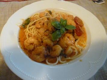 Spaghetti mit Garnelen in Sahnesauce - Rezept - Bild Nr. 143