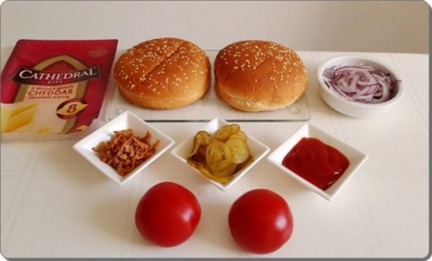 Mega Burger mit Bratwurstschnecke und… - Rezept - Bild Nr. 147