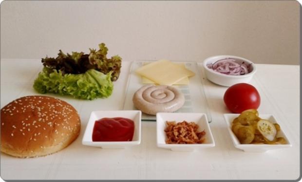 Mega Burger mit Bratwurstschnecke und… - Rezept - Bild Nr. 149