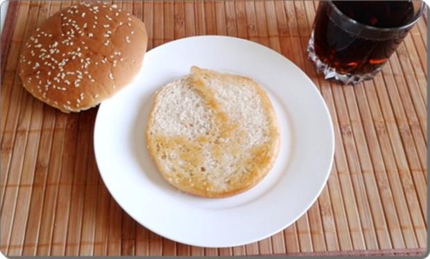 Mega Burger mit Bratwurstschnecke und… - Rezept - Bild Nr. 153