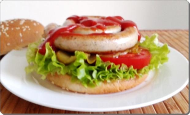 Mega Burger mit Bratwurstschnecke und… - Rezept - Bild Nr. 159