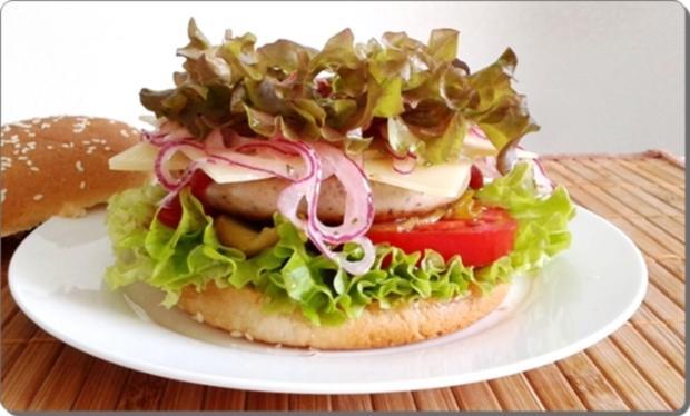 Mega Burger mit Bratwurstschnecke und… - Rezept - Bild Nr. 165