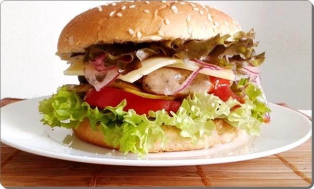 Mega Burger mit Bratwurstschnecke und… - Rezept - Bild Nr. 166