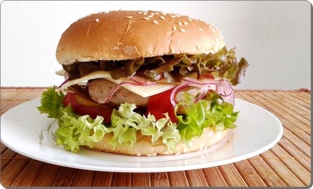 Mega Burger mit Bratwurstschnecke und… - Rezept - Bild Nr. 167