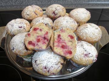 Rezept: Johannisbeer-Bananen-Muffins