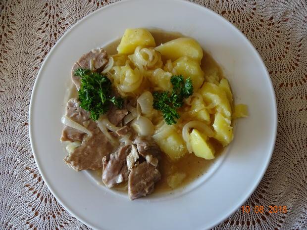 Zwiebelfleisch von Oma - Rezept