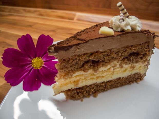Kuchen castagnetta torte rezept mit bild for Kuchen von segmuller