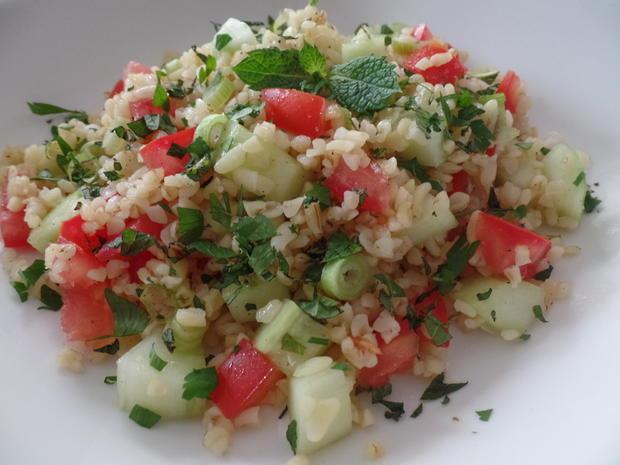 TABBOULEH Ein Salat aus der arabischen Küche ,bei uns wird er als ...