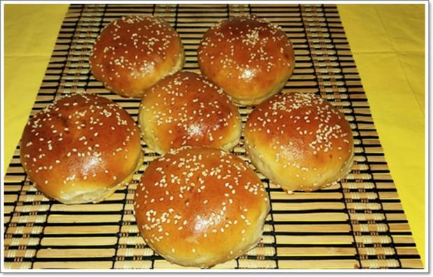 Hamburger Buns mit Sesam selber backen - Rezept - Bild Nr. 313