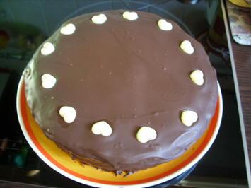 """Rezept: Kleine Torten: Schokoladentraum """"Sacher Art"""""""