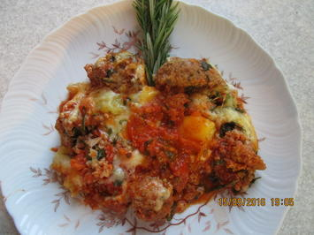 Überbackene Hackbällchen mit Tomatensauce - Rezept - Bild Nr. 356