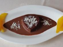 Schokoladen - Panna Cotta auf Kaffee - Schoko - Sahne - Soßenspiegel ... - Rezept - Bild Nr. 358