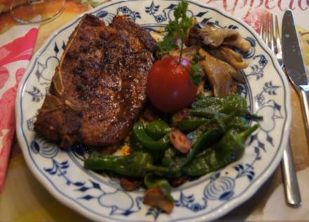 Grillkotelett –Arizona- mit Knoblauch-Pimentos und Austernpilzen - Rezept - Bild Nr. 551