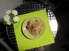 Crêpes mit Bananen, Nussnougatcreme und Mandellikör - Rezept