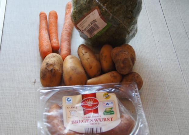 Brägenwurst mit Möhren-Brokkoli-Gemüse und Kartoffelpilzen - Rezept - Bild Nr. 604