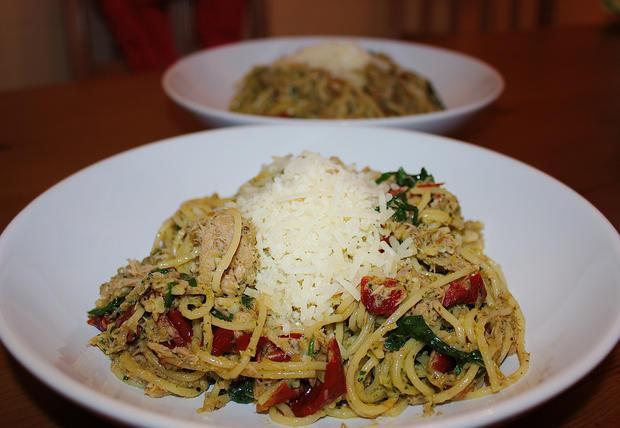 Spaghetti mit Rucola, Tomate & Thufisch - Rezept - Bild Nr. 681
