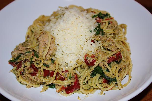 Spaghetti mit Rucola, Tomate & Thufisch - Rezept - Bild Nr. 682