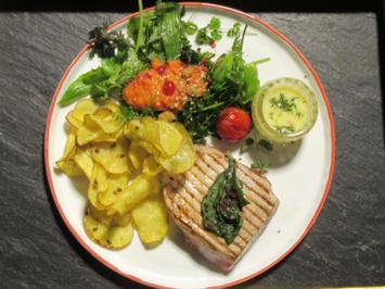 Thunfischsteak mit Kartoffelchips und Zitronen-Thymian-Mayo - Rezept - Bild Nr. 718