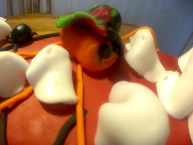 glutenfreier Halloweenkuchen - Rezept - Bild Nr. 838