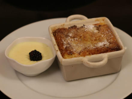 Bread and Butter Pudding mit Apfel - Rezept