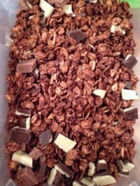 Kaffe-Knuspermüsli mit Schokoladestückchen - Rezept - Bild Nr. 909