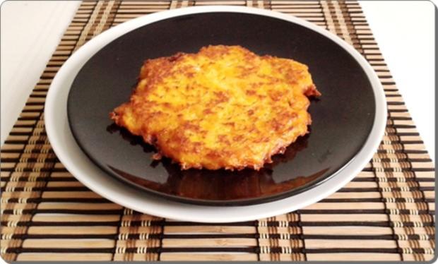 Hokkaido-Kartoffel-Rösti mit Spiegelei und Wildlachs - Rezept - Bild Nr. 938