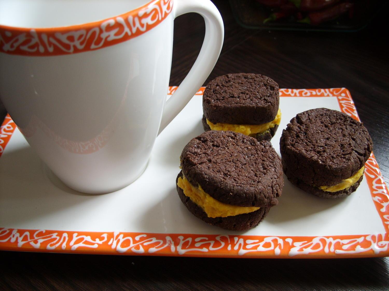 keks co schoko kekse mit k rbiscreme rezept. Black Bedroom Furniture Sets. Home Design Ideas