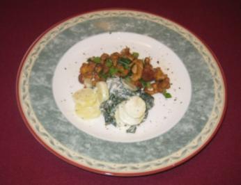 Mangold-Kartoffelsalat in Senfdressing mit gebratenen Pfifferlingen - Rezept