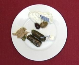 Mesé - kalte griechische Vorspeisenplatte (Anastasia Zampounidis) - Rezept