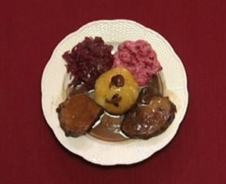 Rezept: Wildschwein an Steinpilzen, Klößen und Rotkohl (Dagmar Frederic)